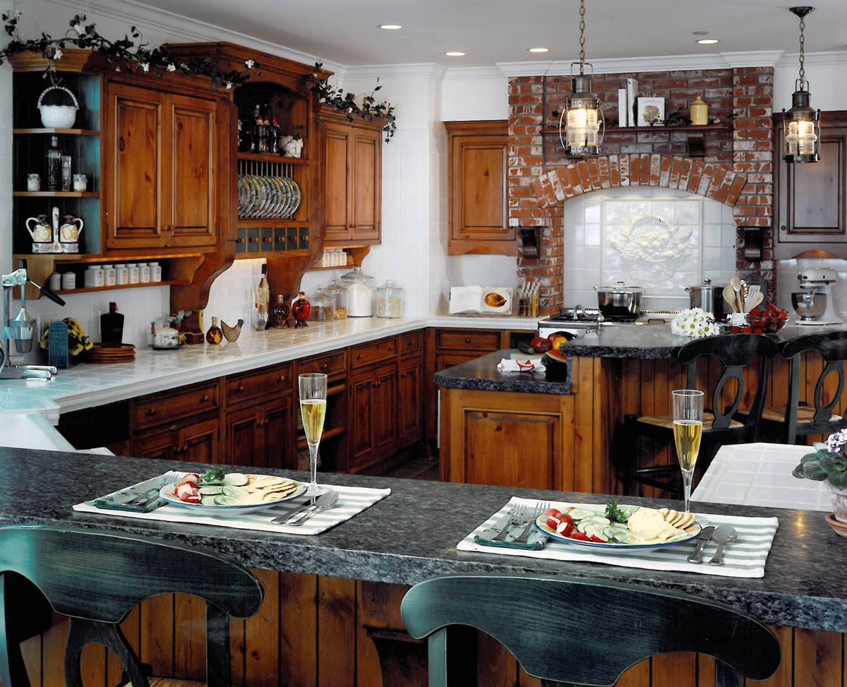 Capistrano Beach Farm Kitchen Remodel | Le Gourmet Kitchen Ltd.