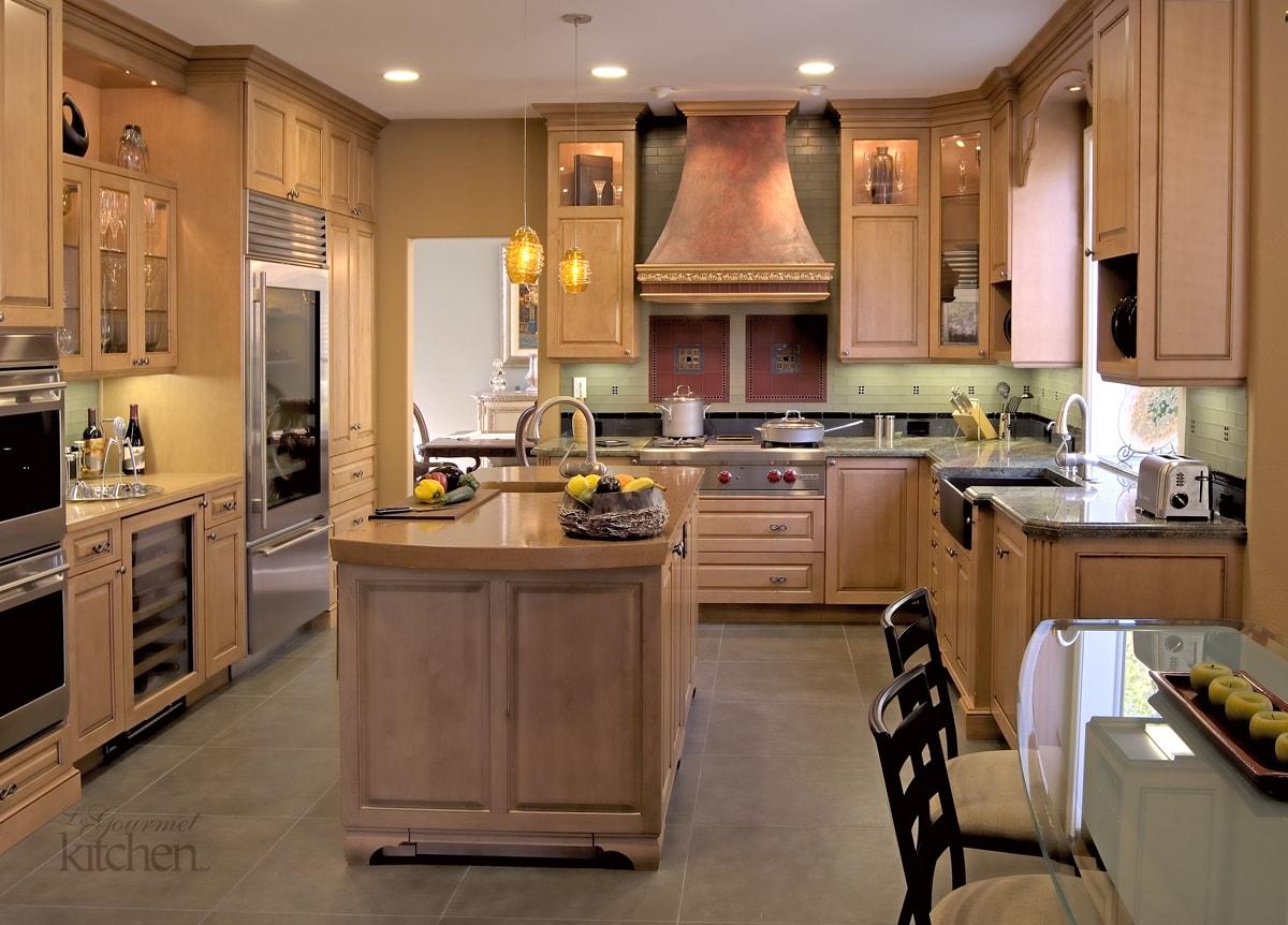 kitchen backsplash tile focal point
