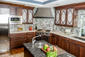 Traditional Gallery of Work Le Gourmet Kitchen Ltd